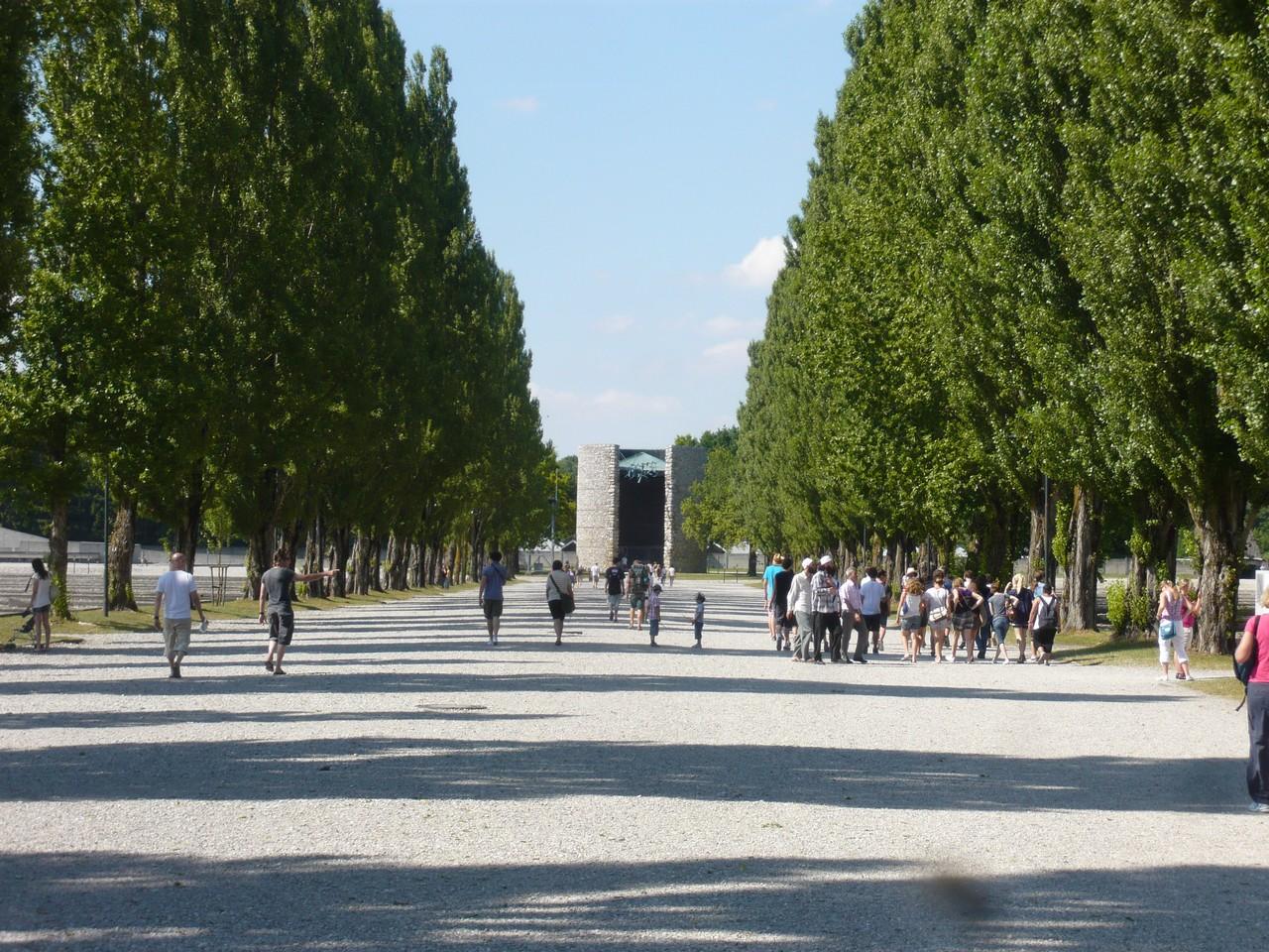 Zahranicni_exkurze_Dachau_Orli_Hnizdo05
